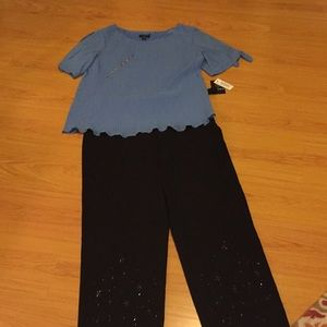 Beautiful blue blouse; 1x; NWT